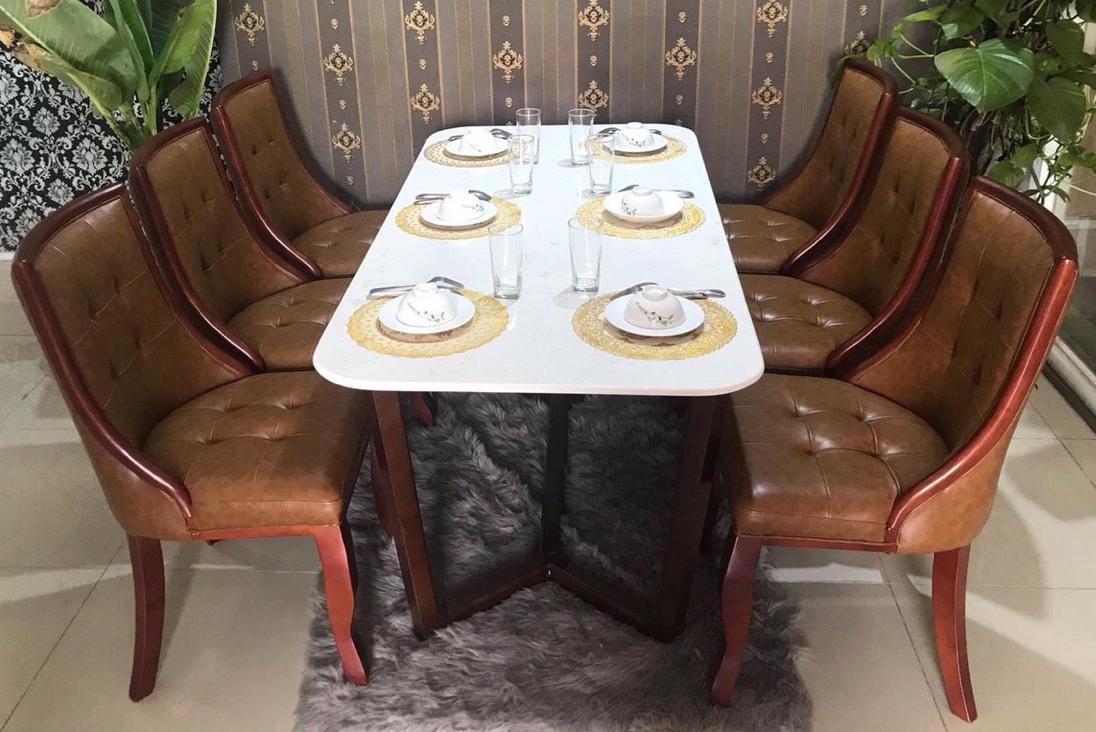 Bộ bàn ăn ghế lucky bọc simili