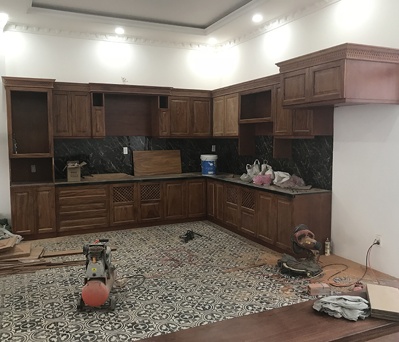 Tủ bếp gỗ căm xe