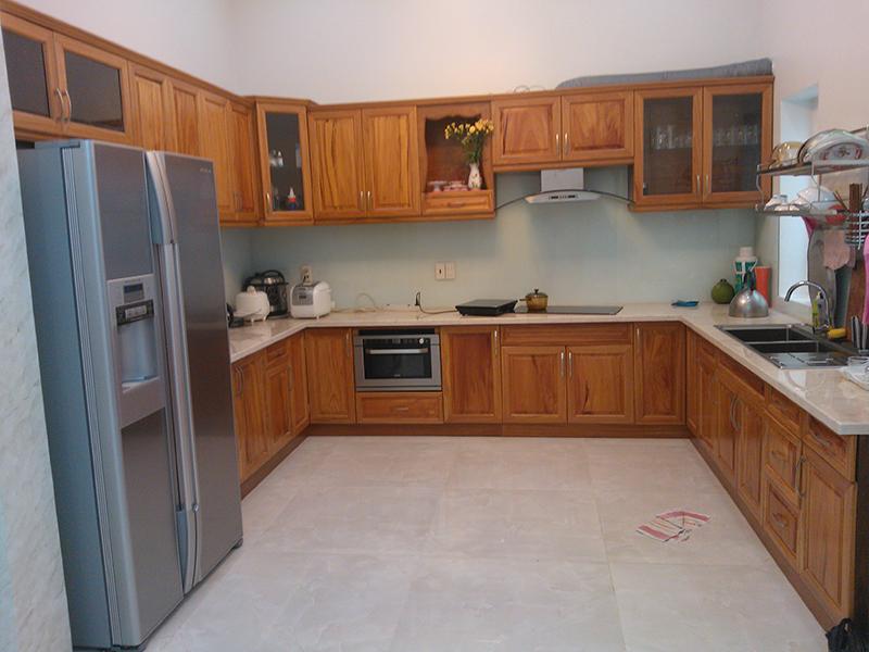 Tủ bếp gỗ gõ đỏ Lào