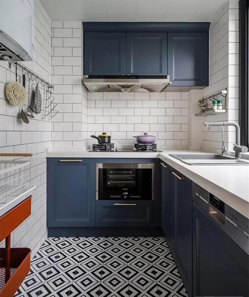 Tủ bếp sơn màu xanh lam